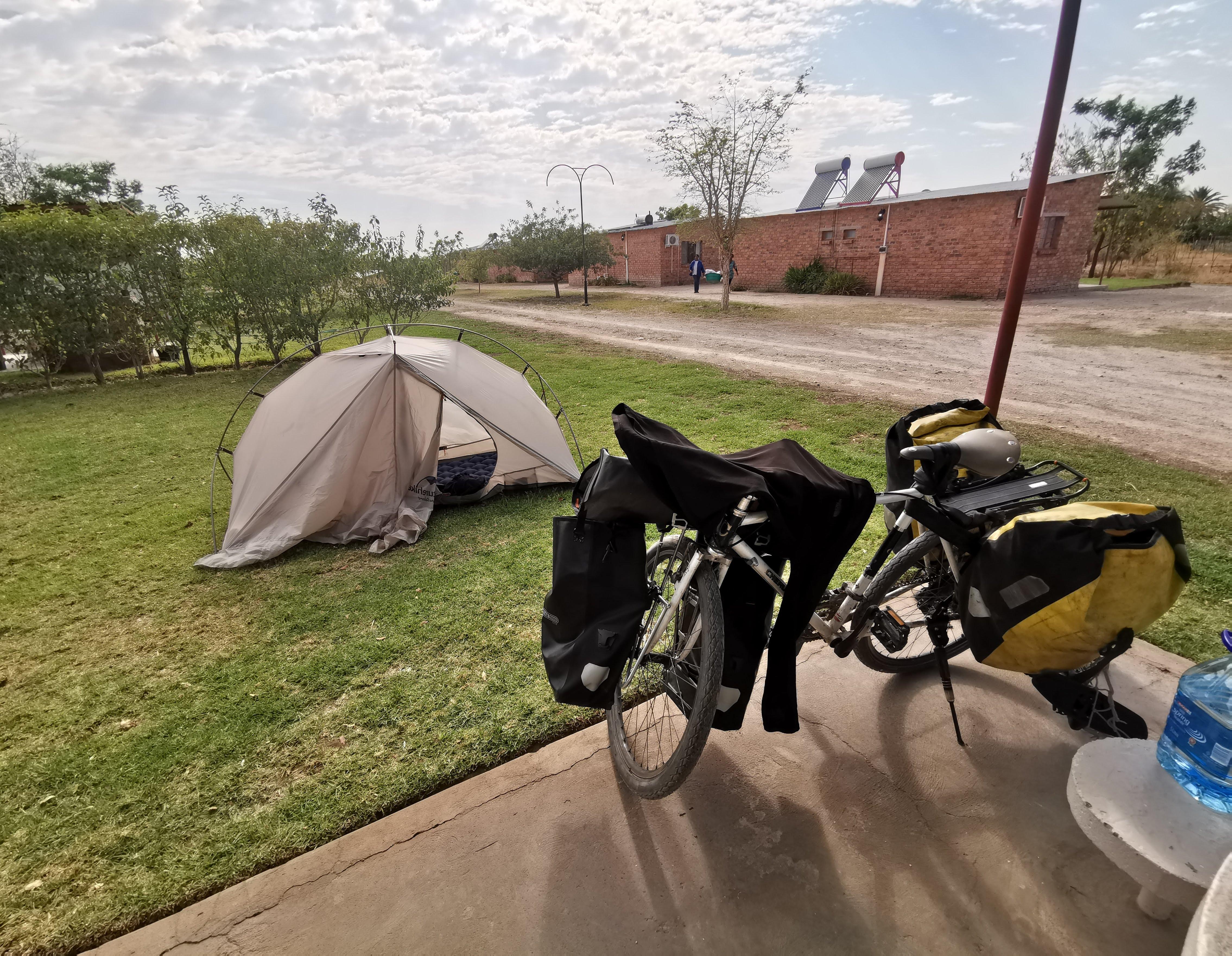 翌朝のキャンプ場から