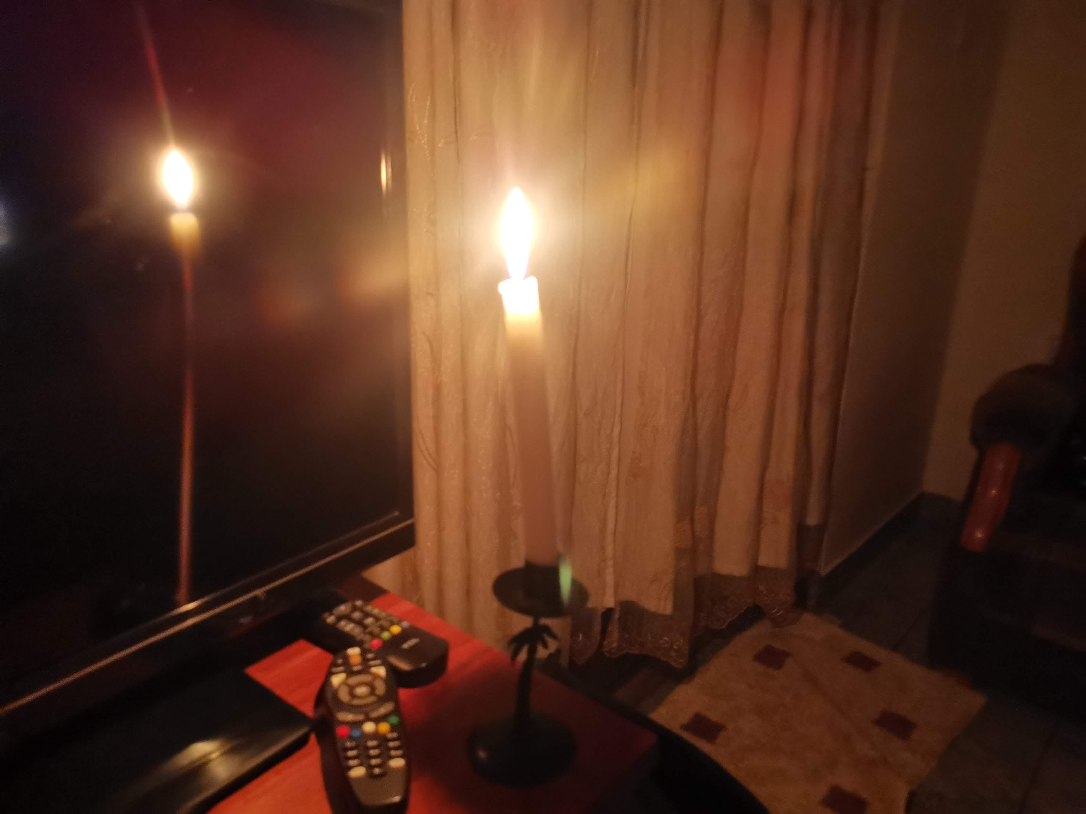 停電するリビングストンの宿